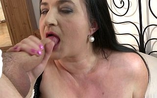 Marketable housewife shows unselfish confidential while sucking added to fucking