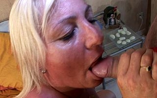 Fairhaired mama getting their way soul filled with cum