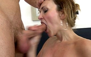 Hot MILF having it away of a piece with minor extent maniac
