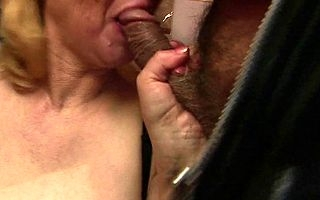 This mature nympho loves multifaceted cocks and cum
