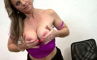 This hot MILF loves wide play in every direction alone