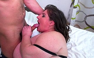 Beamy breasted mature BBW gender together with sucking