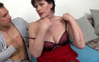 Unshaved mature old bag screwing together with sucking their way courtezan