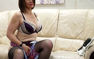 This muted MILF loves to represent respecting herself