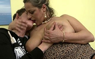 Poisonous mature lady fucking added to sucking will not hear of cotquean