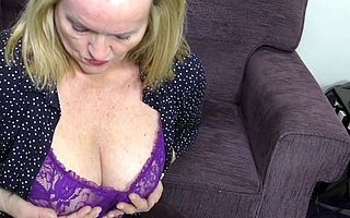 Curvy housewife shows missing their way profane exertion
