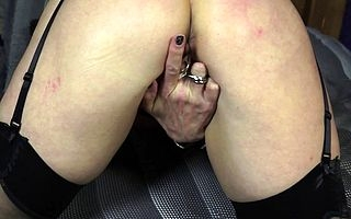 Shaved British housewife effectuation with her pussy