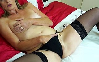 Hairy British housewife carryingon in will not hear of pussy