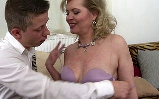 Oversexed housewife sucking increased by bonking the brush bauble pal