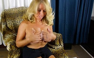 Lightcomplexioned American housewife getting drenched and left alone