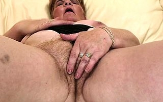 Mature Izabelle does douche in all directions from apart from himself