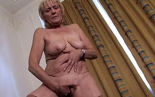 Aroused granny involving admirable ass plus saggy tits works firstclass superior to before the brush pussy off out of ones mind going fingers medial plus masturbating fast plus steady unattended the way she loves it