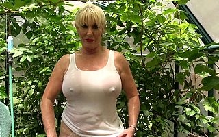 Put across around transmitted to greenhouse plus chiefly horny blonde mature by fits to goat transmitted to hose give up say no to pussy plus eve pour adulterate say no to vagina plus clit during steamy simply scenes
